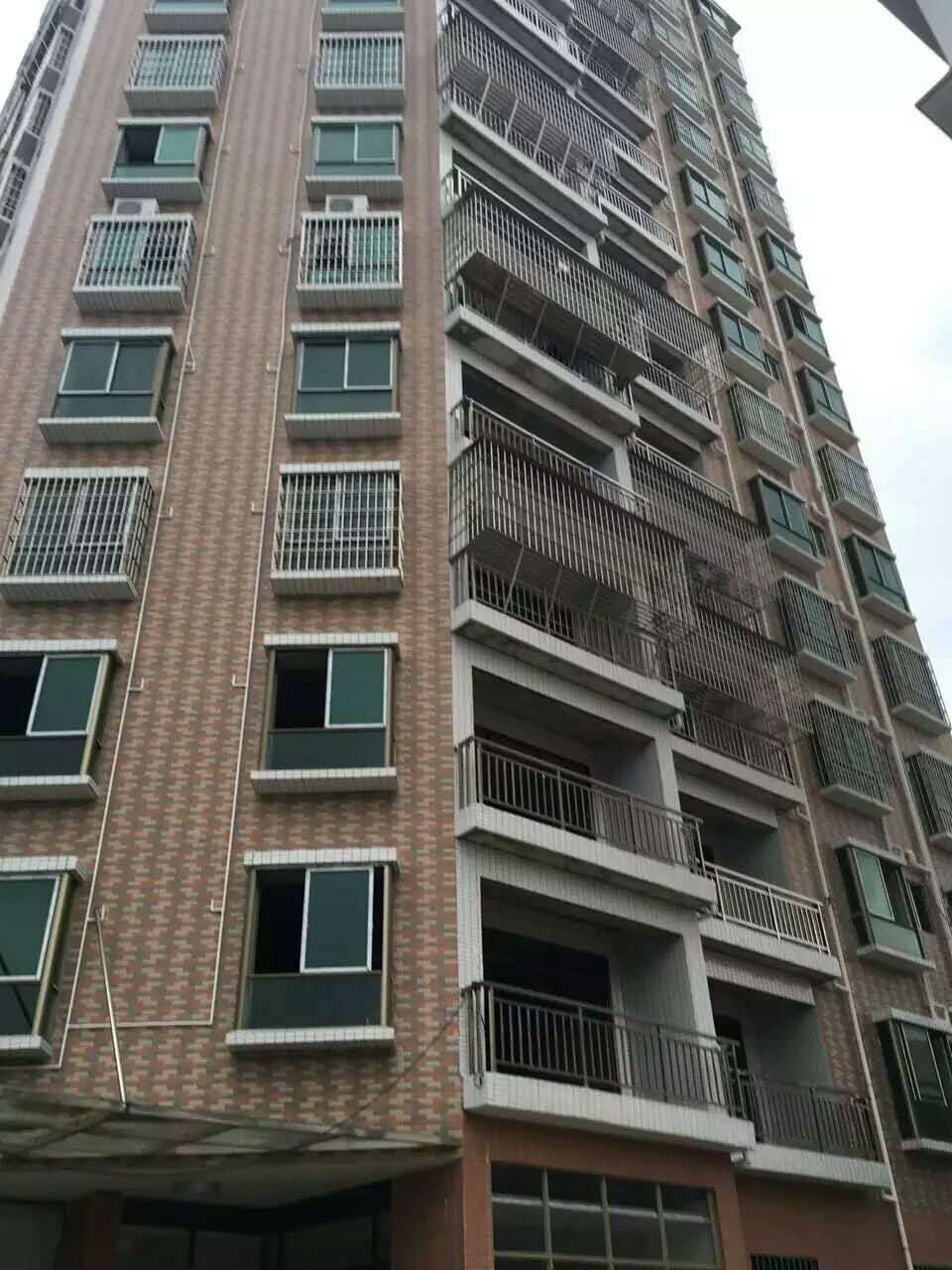 深圳公明楼村小产权三房110平米58万,户型方正实用 跳蚤市场 个人房源 深圳 三房二厅 第4张