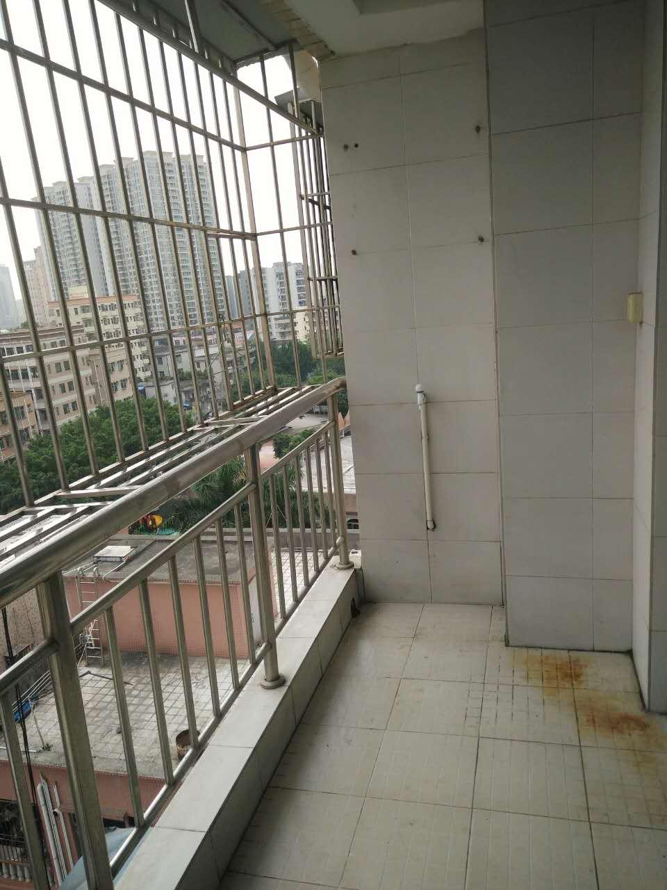 深圳小产权房52万三房85平方米,沙井万丰村农民房带装修出售 搜房 现房 团购 三房二厅 第12张