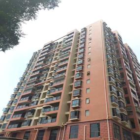 公明小产权房127平方米四室51万实收,马山头市场离地铁站台500米处