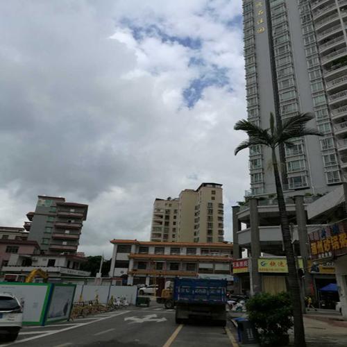 Gongming small property right to sell.png 公明农民房42万急售,80平方米可改三房阳台朝南,户型方正实用 三房二厅 第3张