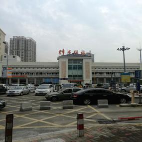 东莞小产权房带装修四房二厅124平方米35万起